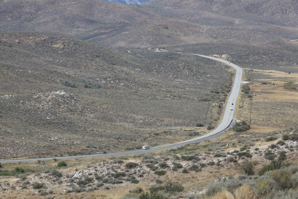 2016-10-16-blog-yellowstone-roadtrip-road