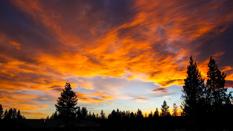 2016-10-16-blog-yellowstone-roadtrip-sunset