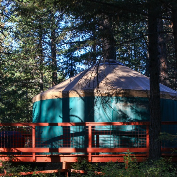 2016-10-16-blog-yellowstone-roadtrip-yurt